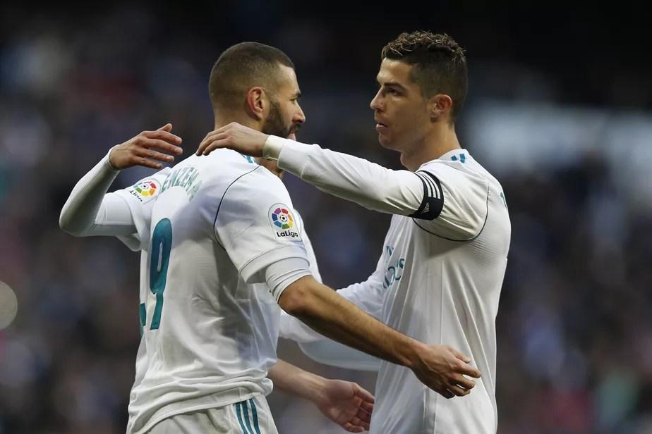 Após ceder pênalti para Benzema, Cristiano Ronaldo recebe elogios no Real