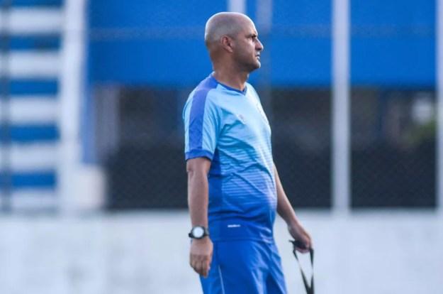 Adriano Rodrigues segue no comando do CSA — Foto: Augusto Oliveira/Ascom CSA
