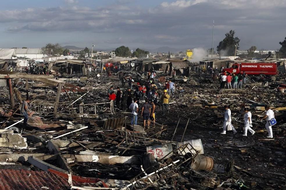 Outros incêndios haviam assolado o mercado mexicano em outros anos. (Foto: Eduardo Verdugo/AP)