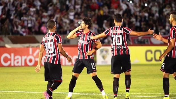 Alexandre Pato São Paulo e Bragantino (Foto: Piton / Futura Press)