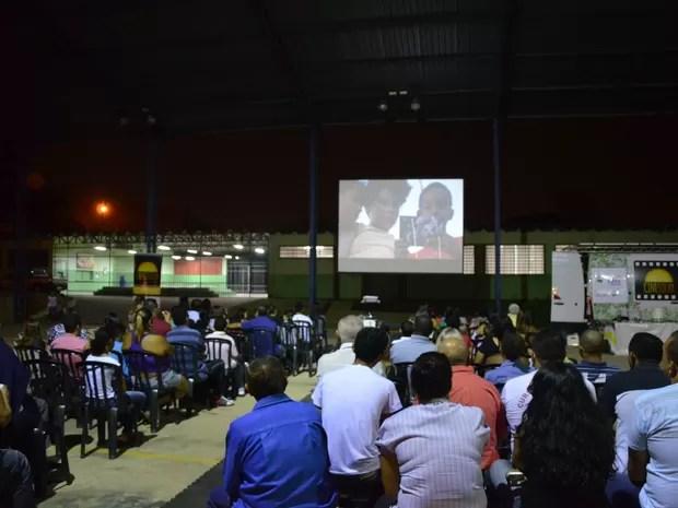 Os interessados devem ficar atentos, pois em caso de chuva no dia da sessão a exibição será em local fechado. (Foto: Paulo Perez/Divulgação)
