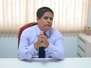 Luis Cláudio Bili, prefeito de São Vicente (Foto: Ana Grabriela Ribeiro/ G1)