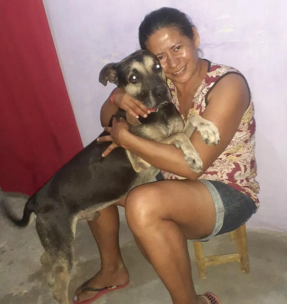 Maria da Paz reencontrou Mailon após seis meses sem ver o animal  — Foto: Arquivo Pessoal/Maria da Paz