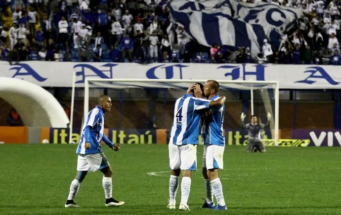 Gol de Emerson  (Foto: Jamira Furlani/Avaí FC)
