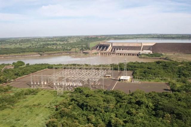Usina São Simão fica na divisa dos estados de Minas Gerais e Goiás (Foto: Cemig/Divulgação)