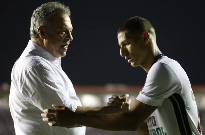 Abel e Richarlison na época de Fluminense — Foto: Lucas Merçon/Fluminense FC
