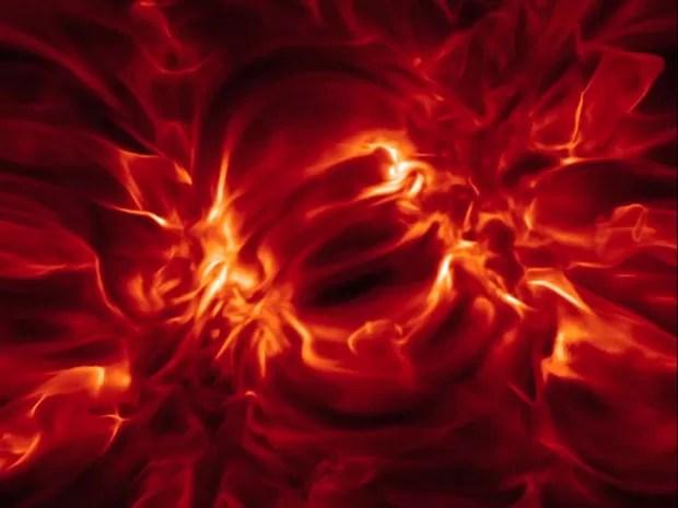 Satélite da missão Iris, da Nasa, capturou detalhes de explosão no Sol (Foto: BBC/Nasa)