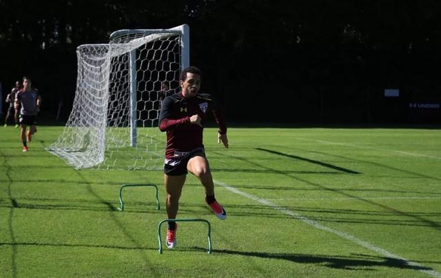 Wellington Nem aprimora a forma física após se recuperar de lesão (Foto: Erico Leonan / site oficial do SPFC)