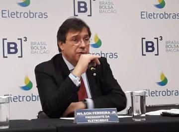 Presidente da Eletrobras, Wilson Ferreira Jr., concede coletiva de imprensa após o leilão de participações da estatal — Foto: Taís Laporta/G1