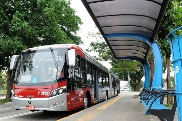 Ônibus superarticulado de São Paulo (Foto: Divulgação)