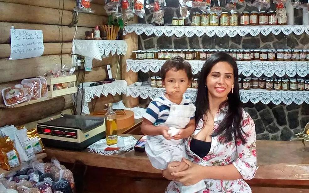 Taís e Lucas Medeiros morreram após naufrágio em Mar Grande, na Bahia (Foto: Nívea Medeiros / Arquivo Pessoal)