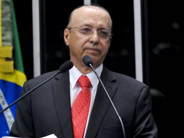 Senador Antonio Carlos Valadares (PSB-SE), presidente do Conselho de Ética e Decoro Parlamentar, fala na tribuna (Foto: Geraldo Magela/Agência Senado)