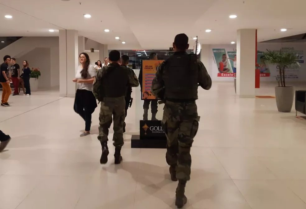 Polícia Militar foi ao Golden Shopping, mas não localizou nenhum suspeito — Foto: Divulgação / Polícia Militar
