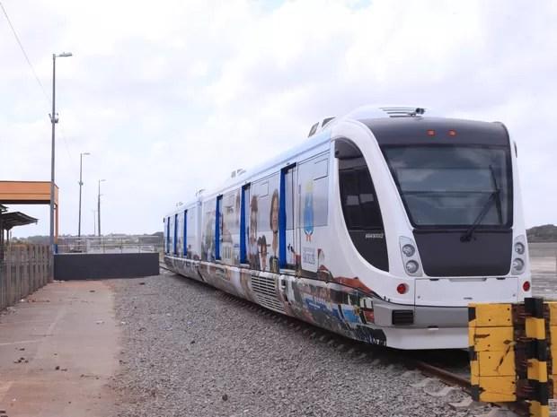 Adquirido na gestão de João Castelo, VLT continua inutilizado em São Luís (Foto: Biné Morais/O Estado)