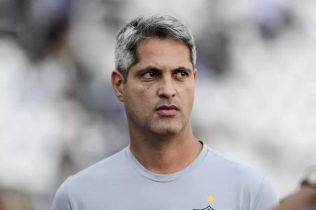 Rodrigo Santana elogiou o CSA e disse estar aberto a propostas — Foto: ELSO PUPO/FOTOARENA/ESTADÃO CONTEÚDO