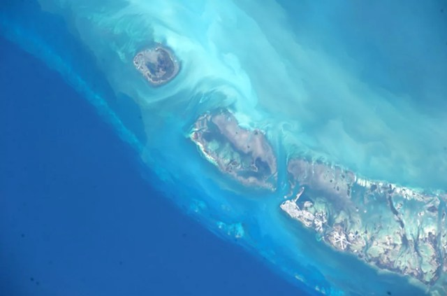Um dos tripulante da Estação Espacial Internacional tirou esta foto da ilha de Key West, uma das 1700 ilhas que formam as Florida Keys, arquipélago que começa cerca de 25 km a sudeste de Miami — Foto: Douglas Wheelock-Nasa ISS via AP