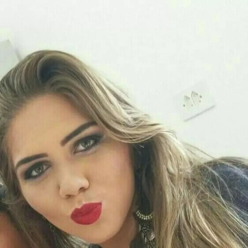 Thais Mara dos Santos Gomes foi assassinada em Primavera do Leste — Foto: Facebook/Reprodução