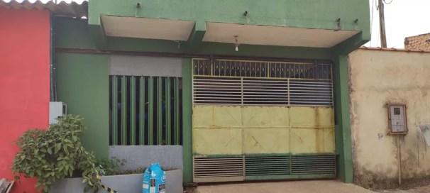 Casa onde empresário de 60 anos foi encontrado morto em Porto Velho.  — Foto: Ruan Gabriel/Rede Amazônica