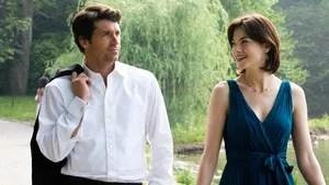 """Tom é um homem bem sucedido que descobre ser apaixonado por sua melhor amiga, Hannah, quando ela viaja a negócios para a Escócia. Decidido a pedi-lá em casamento assim que retorne de viagem, Tom é surpreendido quando ela volta noiva de um belo e rico escocês. Chamado para ser a """"madrinha"""" do casamento, ele reluta, mas aceita o convite. Seu objetivo agora é impedir que o casamento de Hannah aconteça e tentar conquistá-la de uma vez por todas."""