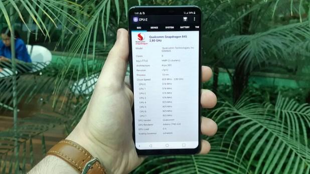 Ficha técnica do LG G7 conta com o Snapdragon 845, o mesmo do Galaxy S9 (Foto: Bruno De Blasi/TechTudo)