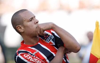 Luis Fabiano é o terceiro maior artilheiro do São Paulo (Foto: Reprodução/Youtube)