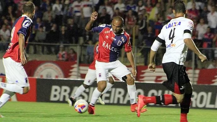 Lucio Flavio Paraná (Foto:  Robsom Mafra/Paraná Clube)