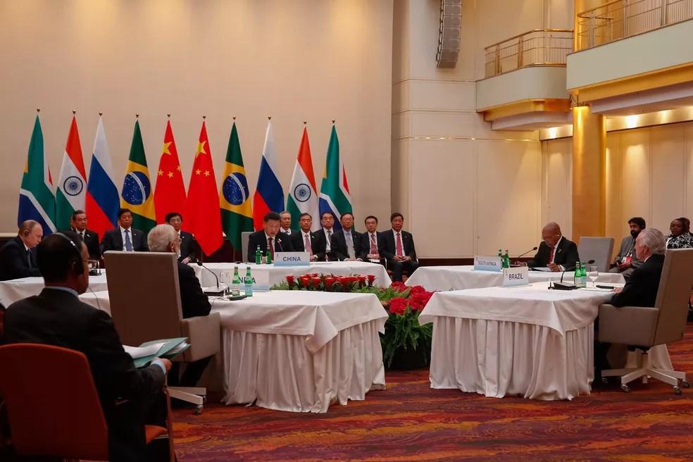 Temer e os outros quatro chefes de Estado do Brics se reúnem em Hamburgo antes do encontro de cúpula do G20 (Foto: Rogério Melo, Presidência)