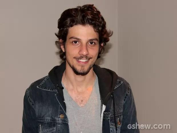 Chay Suede comenta boato de que estará na próxima novela das 21h (Foto: TV Globo/Altas Horas)