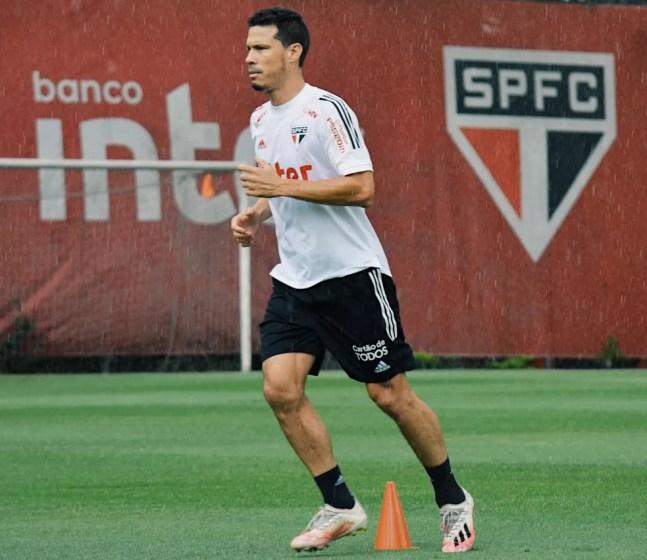 Hernanes — Foto: Erico Leonan / saopaulofc.net