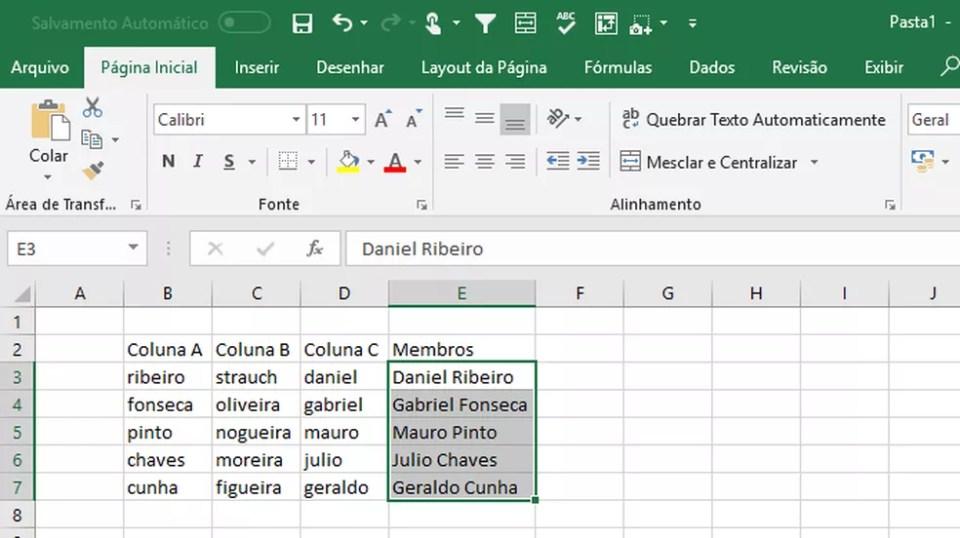 O Preenchimento Relâmpago reconhece regras dos dados em colunas e o replica (Foto: Reprodução/Daniel Ribeiro)