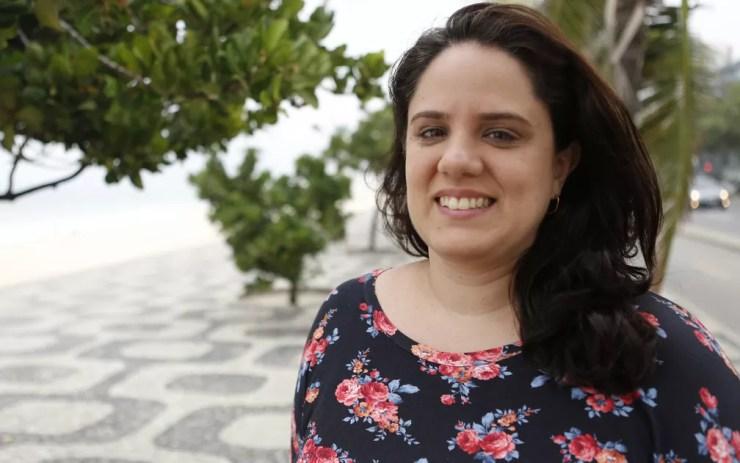 A engenheira Daniele Veras, de 36 anos, participou da IMO em 1998, em Taiwan (Foto: Andressa Gonçalves/ G1)