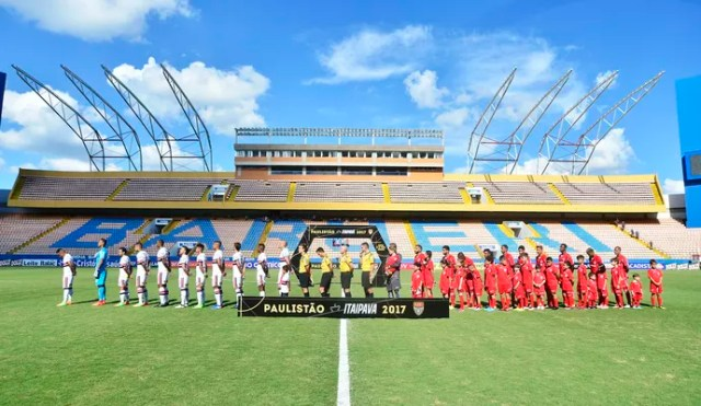 Audax x São Paulo Arena Barueri (Foto: Marcos Ribolli)