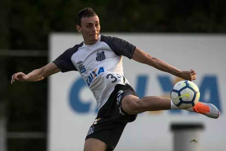 Diego Pituca espera fazer mais gols pelo Santos em 2019 — Foto: Ivan Storti/Santos FC