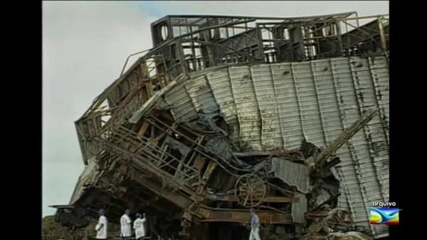 Em 2003, uma explosão durante a preparação para o lançamento de um foguete lançador de satélites deixou 21 mortos no CLA — Foto: Arquivo/TV Mirante