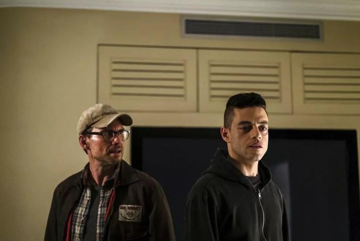 Christian Slater e Rami Malek em cena da série 'Mr. robot' (Foto: Divulgação)
