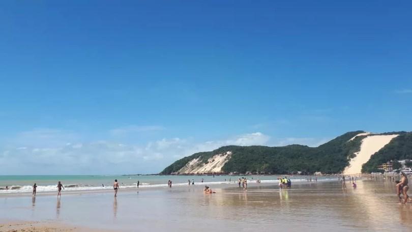 Praia de Ponta Negra é cartão-postal de Natal  — Foto: Fernanda Zauli/G1