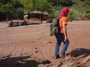 Leonardo Vieira, de São Pedro da Aldeia, ajudou nas buscas por moradores ilhados no distrito de Mariana (Foto: Patrícia Sodré/Arquivo Pessoal)