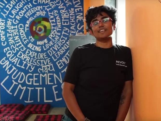 Robin Chaurasiya leva educação a meninas indianas à margem da sociedade (Foto: Reprodução Global Teacher Prize/ Youtube)