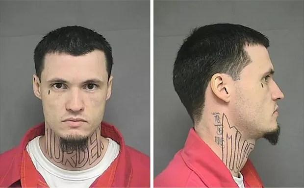 Advogados de Jeffrey Chapman pediram que tatuador entrasse no presídio para remover desenho da palavra 'assassinato' do pescoço do réu (Foto: Kansas Department of Corrections/Reuters)