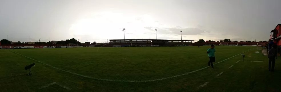 Estádio Ninho da Águia recebe o confronto desta noite — Foto: Reprodução/TV Morena