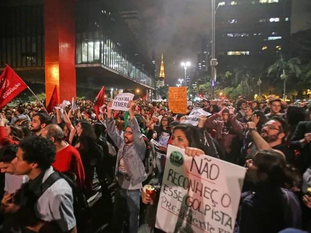 Manifestantes protestam contra o governo Temer na Avenida Paulista (Foto: Gabriela Biló/Estadão Conteúdo)