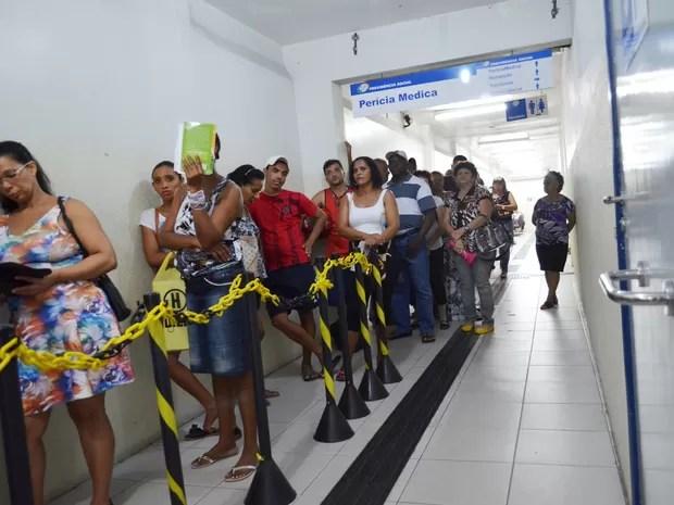 Não há previsão de mutirão porque médicos continuam em estado de greve (Foto: Marina Fontenele/G1)
