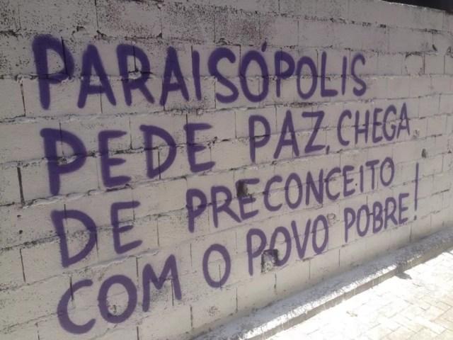 Clamores da comunidade foram grafados em muros  — Foto: Arquivo Pessoal