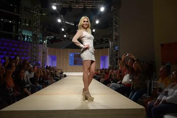 Flávia Alessandra na Mega Polo Fashion Week-SP (Foto: Francisco Cepeda/AgNews)