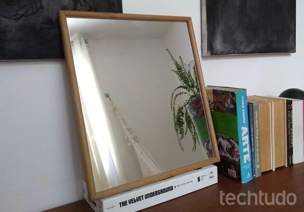 Espelhos com superfície metálica podem atrapalhar sinal Wi-Fi — Foto: Raquel Freire/TechTudo