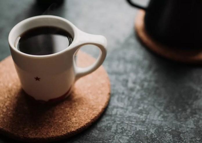 Qual cafeteira ou máquina de café ideal para você? Conheça os tipos e saiba usar — Foto: Ben Kolde/Unsplash