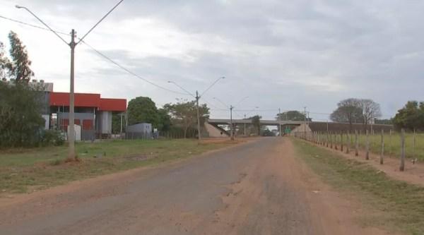 Acidente aconteceu na Avenida Dois de Dezembro em Araçatuba (Foto: Reprodução/TV TEM)