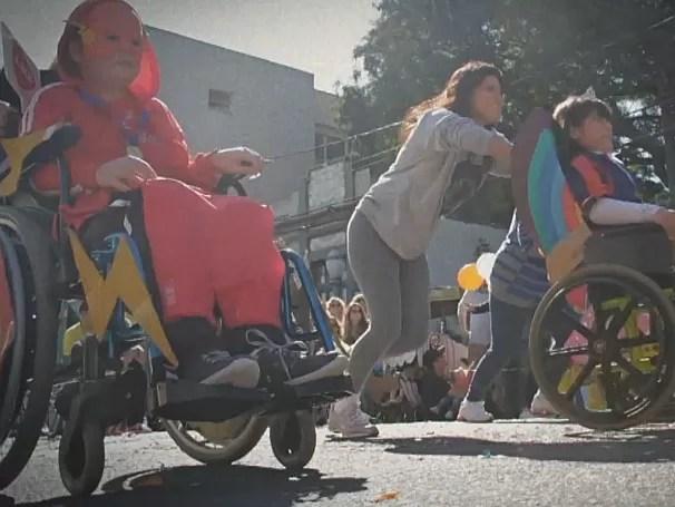 Caçadores de Bons Exemplos: smile flame; como será? (Foto: Globo)