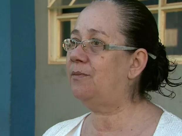 Suzely da Rocha Neves sofre de depressão e faz tratamento psiquiátrico no Ambulatório de Saúde Mental de Franca (SP) há 12 anos (Foto: Márcio Meireles/ EPTV)