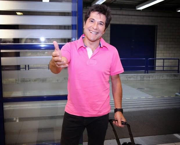 Daniel entra no Projac para a Semifinal do Te Voice (Foto: Fabiano Battaglin/TV Globo)